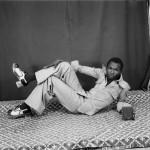 [:pb]Morre aos 80 anos o fotógrafo malinês Malick Sidibé, narrador visual de seu país[:]