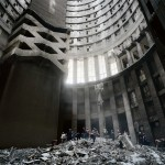 Autópsia de uma ilusão: o edifício Ponte City nas fotos de Mikhael Subotzky