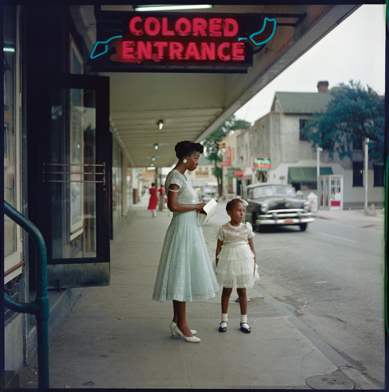 Loja de departamento, 1956 ©Gordon Parks Foundation