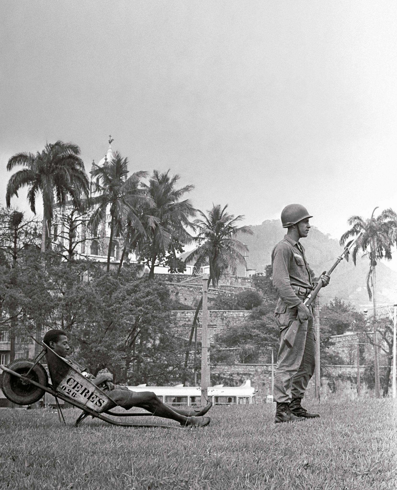 Movimento-Estudantil,-1968,-Evandro-Teixeira