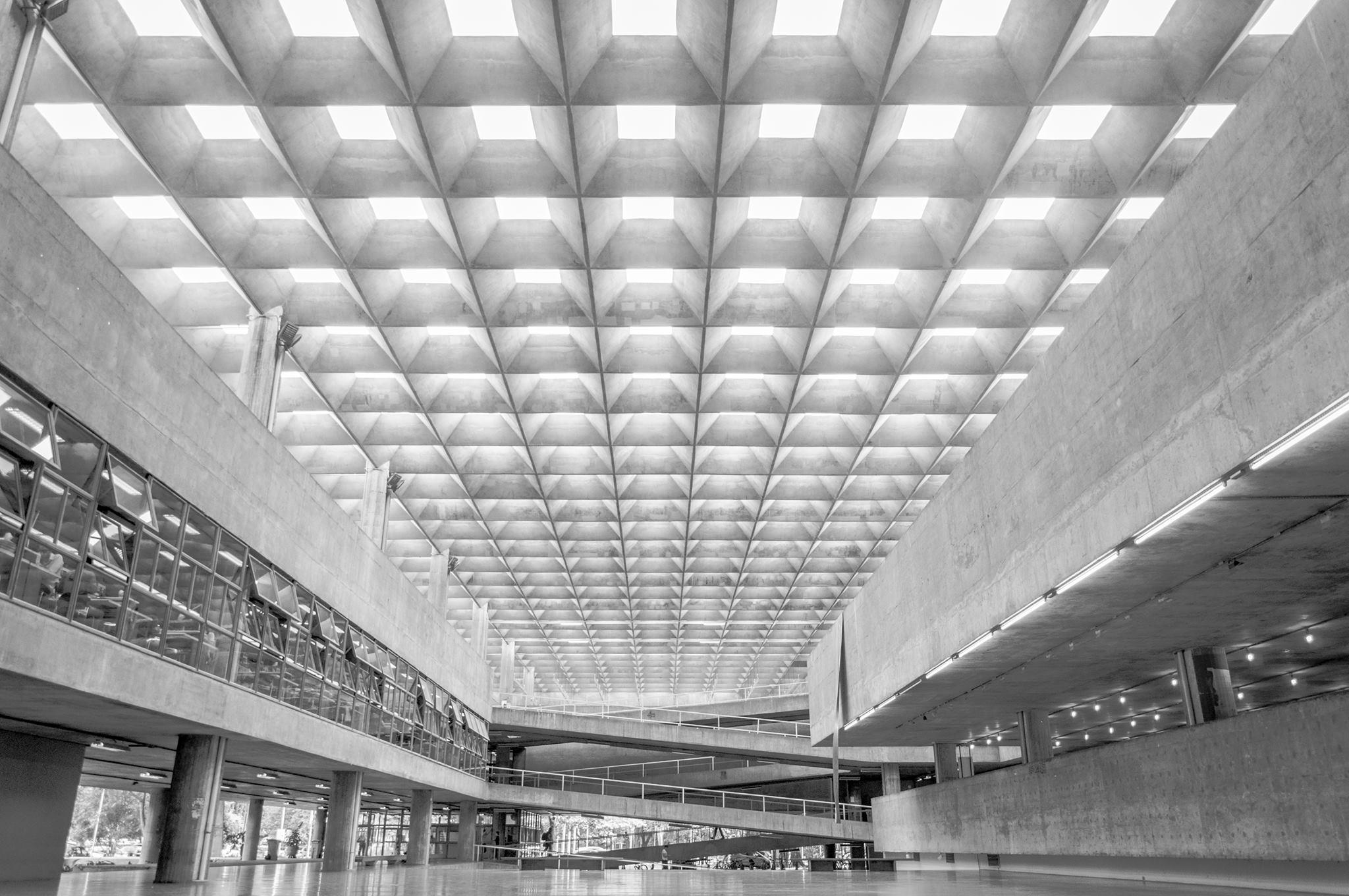 Faculdade de Arquitetura e Urbanismo da USP, 2015, Ricardo Iannuzzi