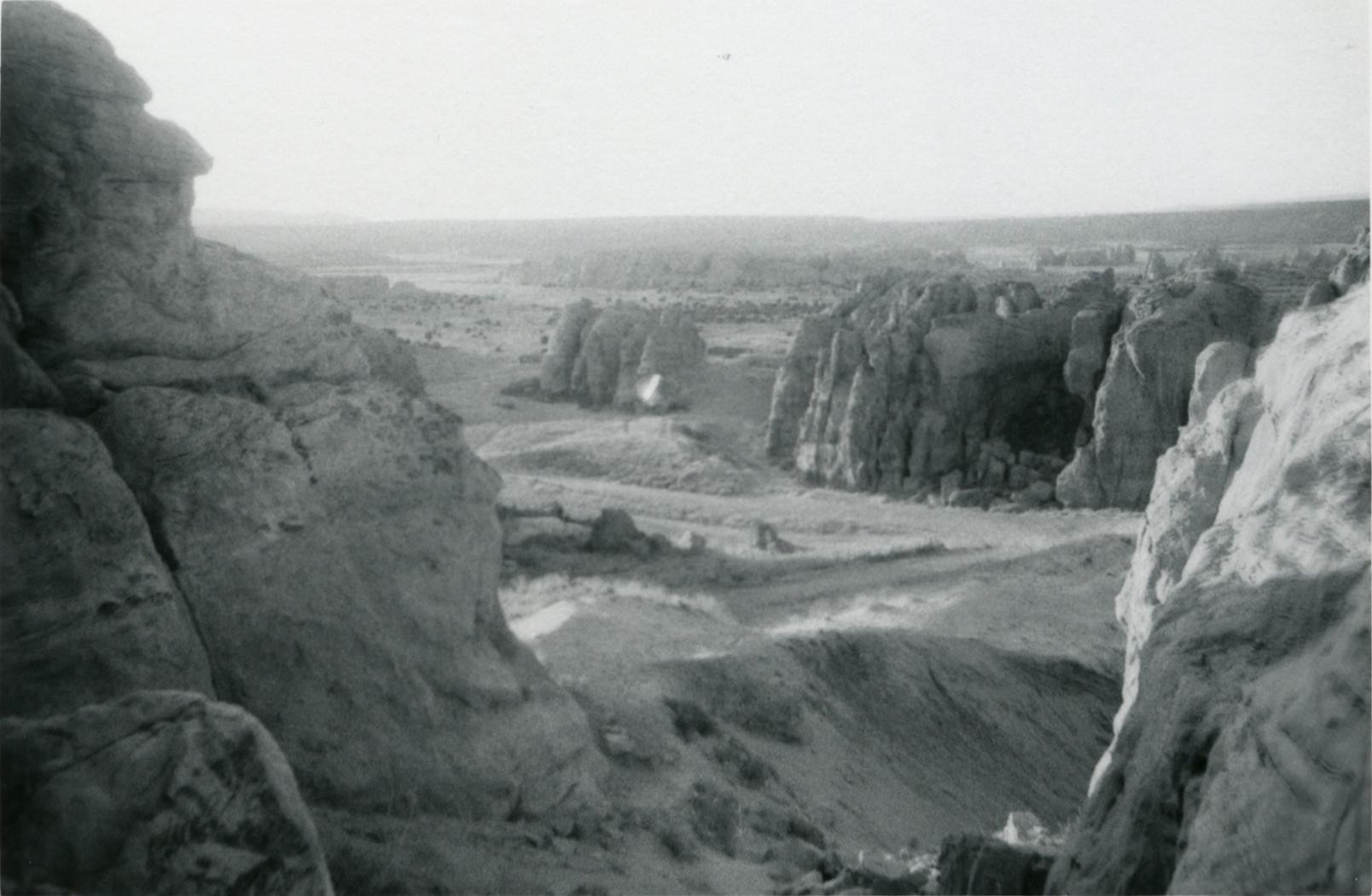 Sem título (vale em um desfiladeiro), c. 1969-1973