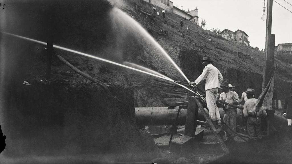 Demolição do Morro do Castelo, Rio de Janeiro, 1921