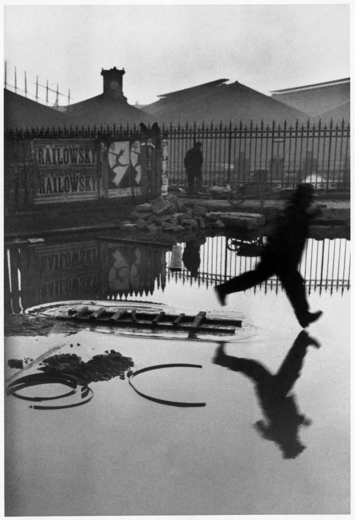 Henri Cartier-Bresson, Place de l'Europe, Gare Saint Lazare, 1932. © Henri Cartier-Bresson/Magnum Photos/Latinstock.