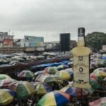 Diário de viagem #5: Ossos, larvas e esgoto no maior mercado de Kinshasa
