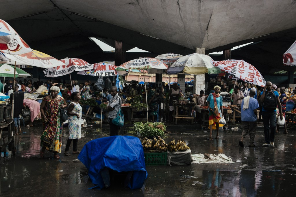 Mercado Central, Kinshasa, República Democrática do Congo. © Trëma