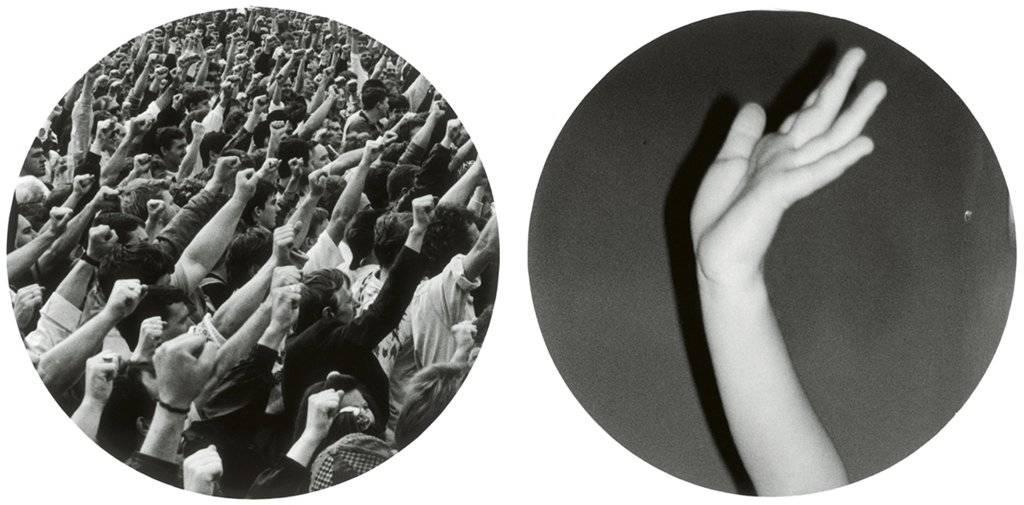 """Broomberg & Chanarin, """"Pessoas em apuros rindo e sendo empurradas para o chão"""", 2011"""