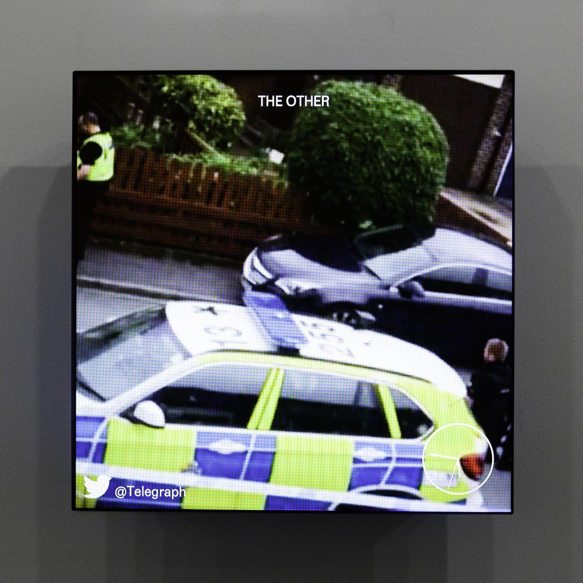 O outro, feed de vídeos em tempo real. Curatdo por Mark Ghuneim e Elizabeth Kilroy