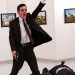 [:pb]Terrorismo em cena: fotógrafos e jornalistas falam sobre a polêmica foto do ano do World Press Photo 2017[:]