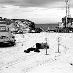 Falsas memórias e assassinatos na Islândia dos anos 70 no fotolivro de Jack Latham