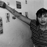 Mães, filhas, prisioneiras: As mulheres de Adriana Lestido