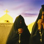 Os penitentes e seus rituais secretos são tema de novo livro de Guy Veloso